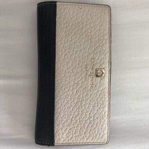 Good Condition Kate Spade Beige and Black Wallet